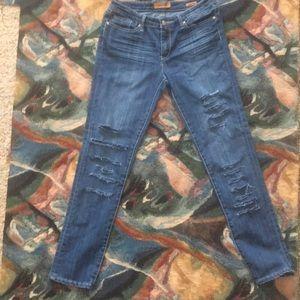 Seven Skinny distressed jeans w/stretch